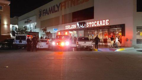 Bomberos clausuró el Sirloin Stockade por la intoxicación de sus empleados