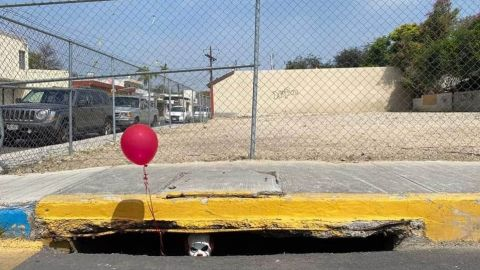 Pennywise de la película 'Eso' aparece en las alcantarillas de México