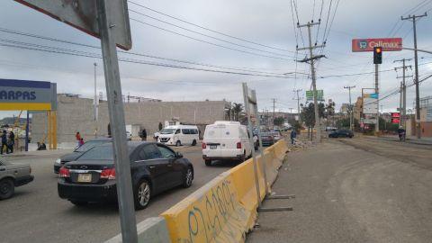 Un verdadero caos vial sufren residentes de Santa Fe por obras de acceso