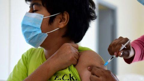 Vacunación anticovid a menores de edad inicia este lunes en Mexicali